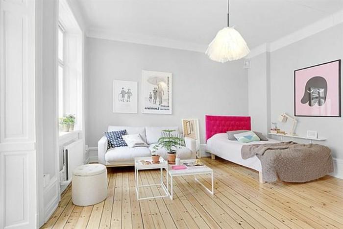 una proposta per arredare monolocale 20 mq con un letto a una piazza e mezza, un divano a due posti bianco, parquet e pareti grigie