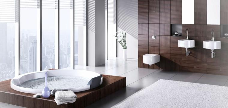 Vasca idromassaggio con rivestimento in legno, come arredare un bagno piccolo, parete di legno con due lavandini