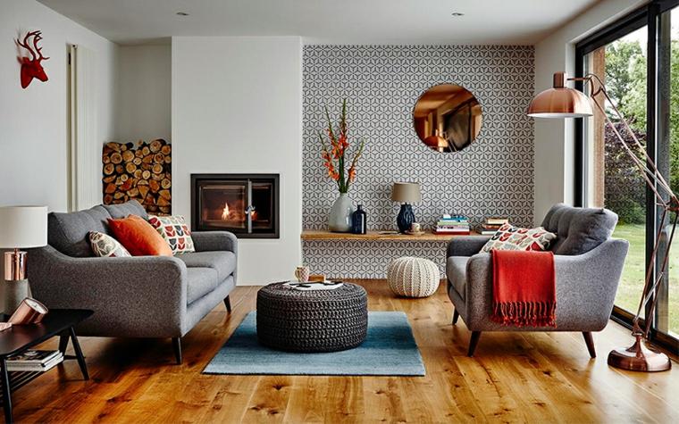 Decorazioni da parete soggiorno, pavimento in legno, interni case moderne, due divani in tessuto di colore grigio