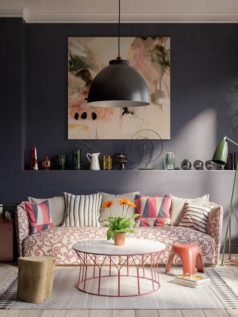 Salotto decorato con quadri e fiori, decora la tua casa, parete con nicchia grande di colore grigio scuro