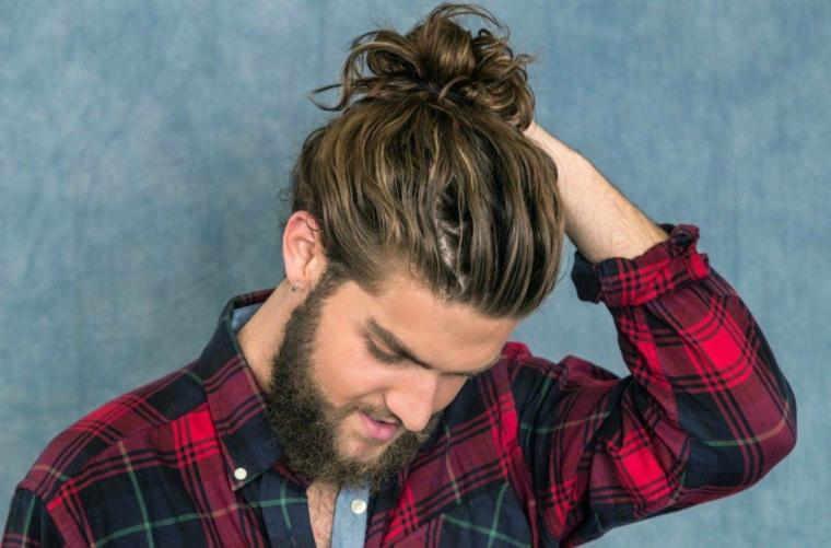 Taglio di capelli uomo codino