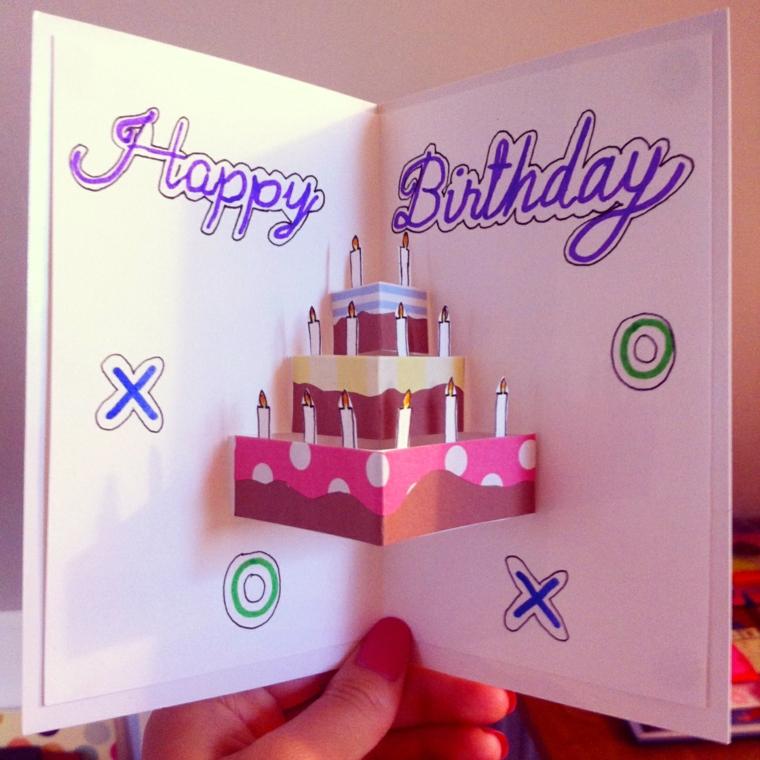 biglietto di invito alla festa di compleanno di un bimbo con una torta pop up