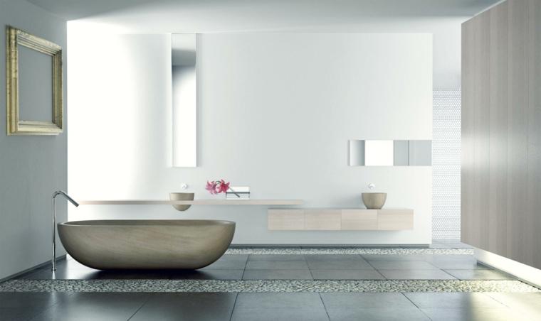 Bagno zen, arredo bagno moderno, pavimento piastrelle colore grigio, parete lucida decorazione cornice