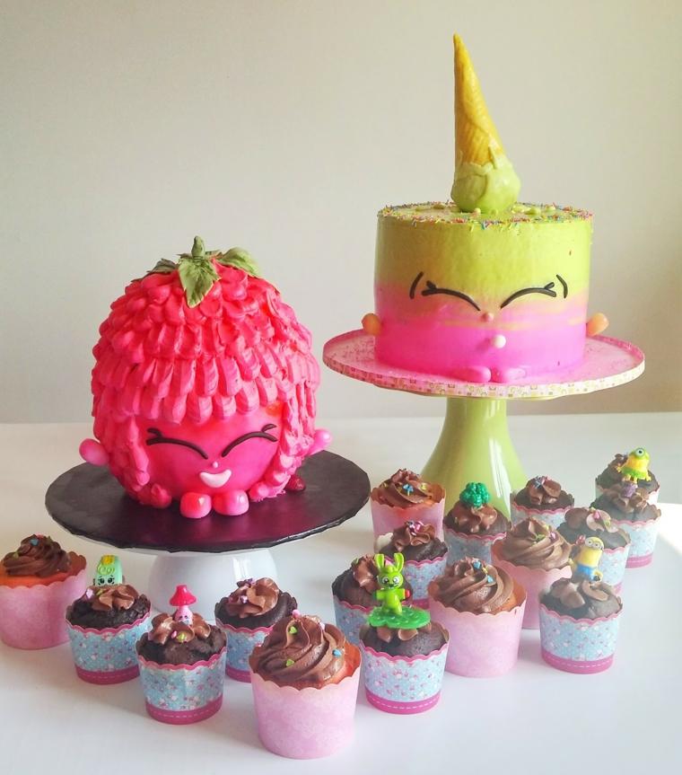 Due torte e dolcetti di Shopkins, immagini torte di compleanno, piccoli muffins al cioccolato