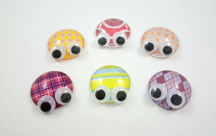 idea originale e facile da realizzare per la festa della mamma, delle sfere colorate con occhi mobili