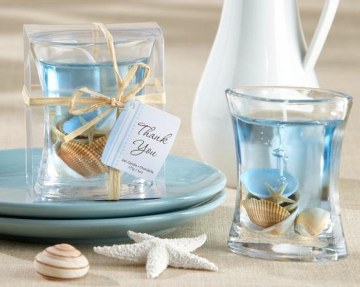 Candele fai da te, bicchieri di vetro da utilizzare come portacandele gel e conchiglie all'interno