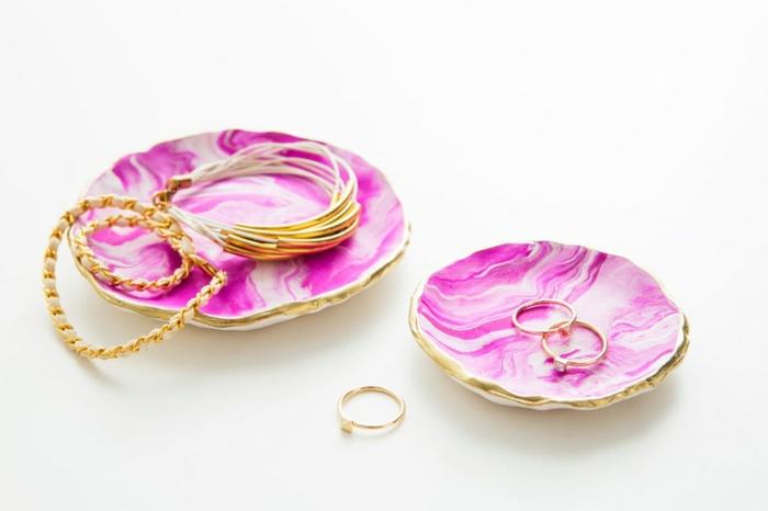 1001 idee per creazioni fai da te originali e facili da for Porta anelli fai da te