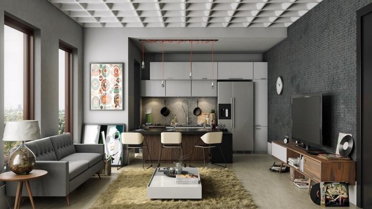Arredare salotto piccolo, divano colore grigio, tappeto colore giallo, tavolino basso lucido