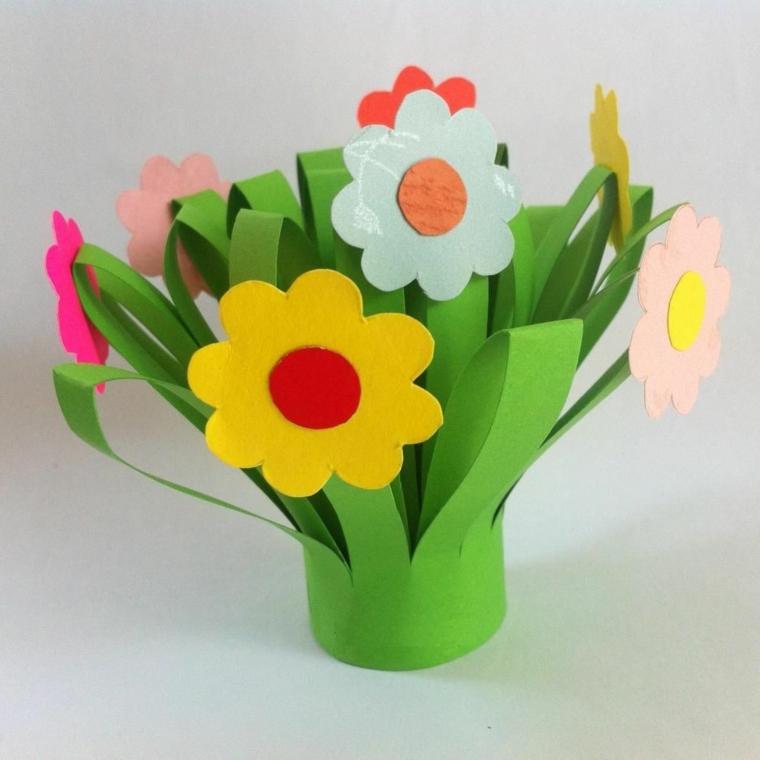 idea per dei lavoretti per la festa della mamma un mazzo di fiori colorati gialli, fucsia, rossi