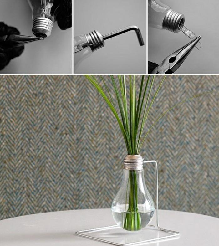 esempio di creazioni fatte a mano originali e semplici, un vaso creato con una lampadina