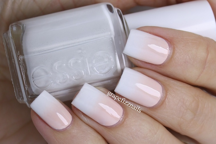 Smalto effetto ombre bianco e rosa, unghie bellissime da sposa, manicure lunga forma quadrata
