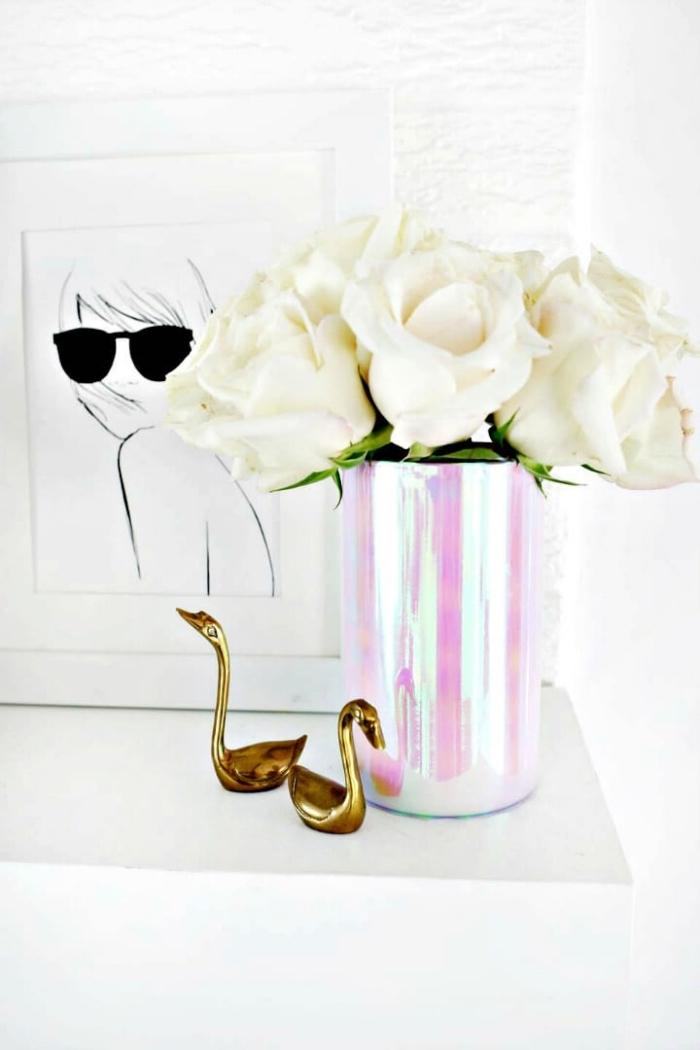 Addobbi natalizi fai da te, vaso di fiori, centrotavola con fiori