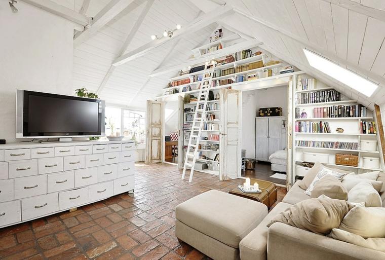 pavimento piastrelle in cotto, mobile della tv con tanti cassetti, divano con puff e libreria, arredare mansarda idee