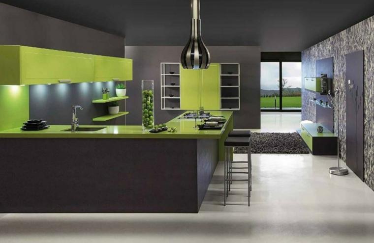 esempio di cucina con penisola moderna e funzionale con mobili verdi e neri