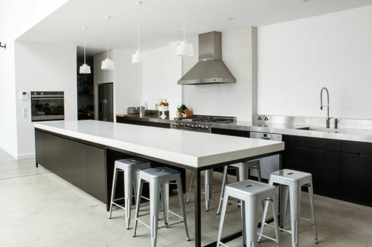 ampia e luminosa soluzione open space, immagini cucine moderne bianche e nere con isola