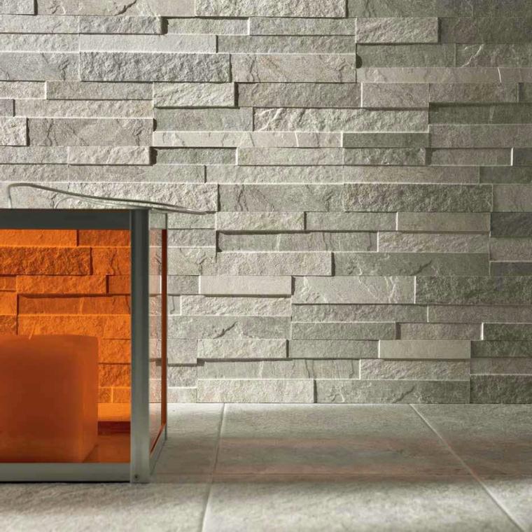 esempio di parete moderna in pietra color grigio chiaro e pavimento dello stesso colore