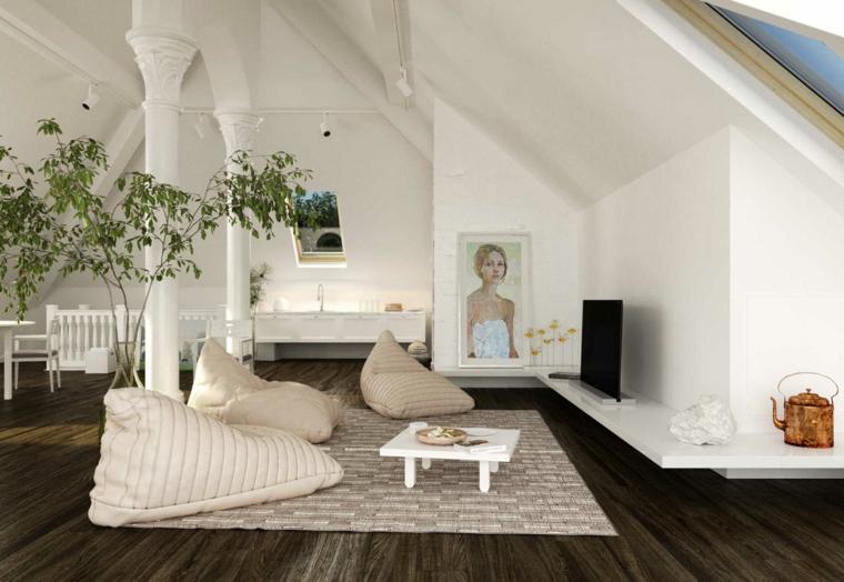 pavimento in parquet scuro, pareti con colonne bianche, tavolino da caffè bianco, mansarda open space