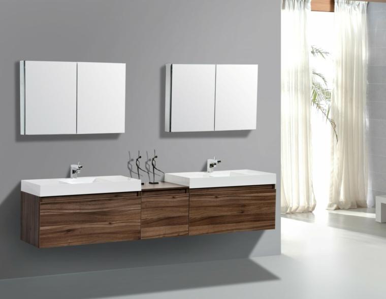 Mobili lavabo di legno e rubinetti acciaio inox, due specchi con contenitore