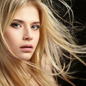 Balayage biondo: 70 sfumature di tendenza dalle più chiare alle più scure