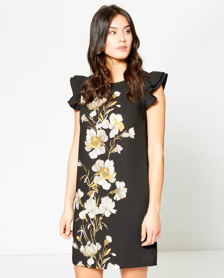 Abito midi di colore nero con maniche vollant e disegni floreali davanti