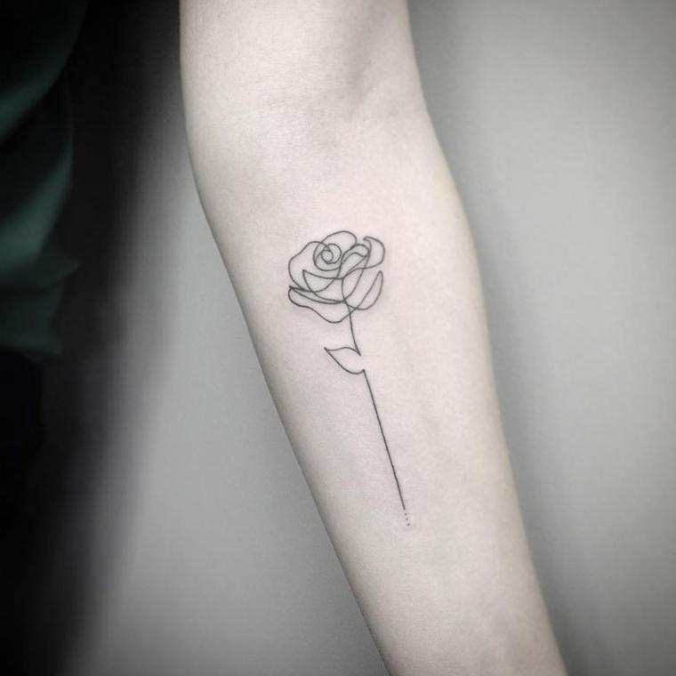 deliziosa rosa dalle linee stilizzate con un lungo gambo e una foglia. idea per un tattoo avambraccio