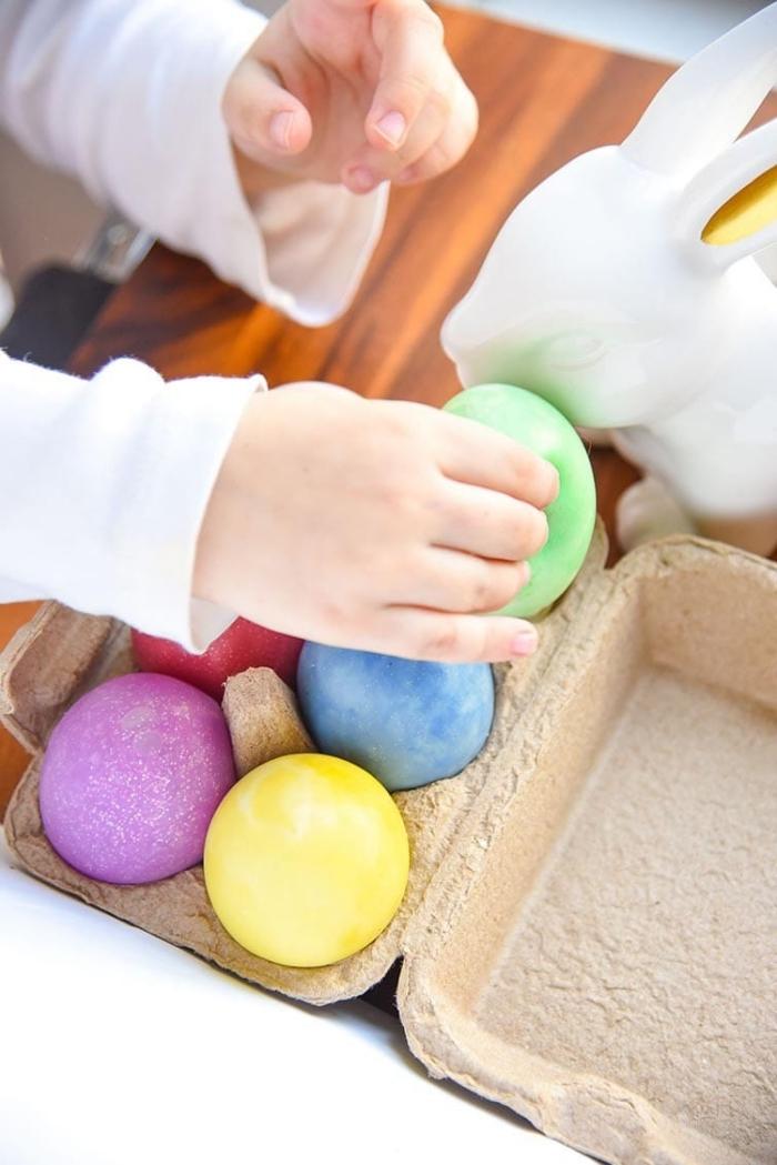 Come si fa lo slime colorato, palline di diverso colore antistress per bambini