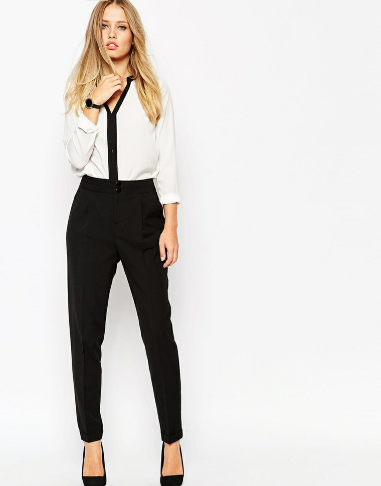 Idea come vestirsi matrimonio sera estate con un pantalone vita alta colore nero e camicia bianca