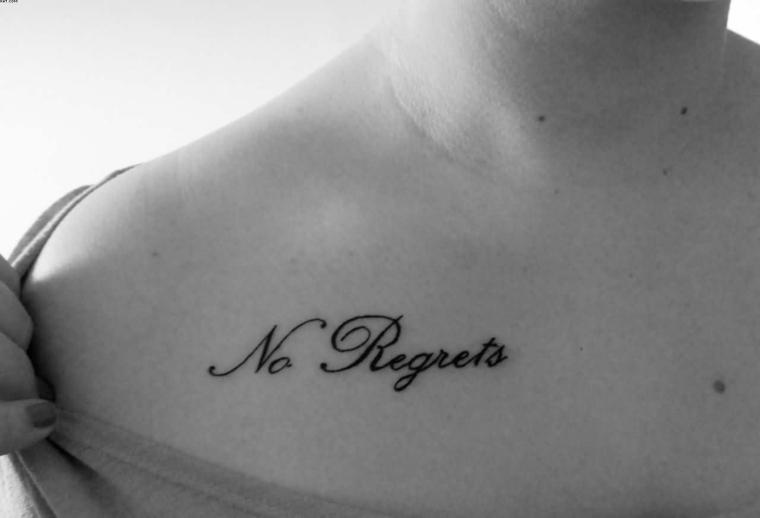 elegante scritta in corsivo, no regrets, nessun rimpianto, idee tatuaggi piccoli
