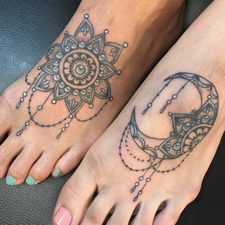 Mandala fiore di loto e due proposte di tatuaggi colorati sui piedi