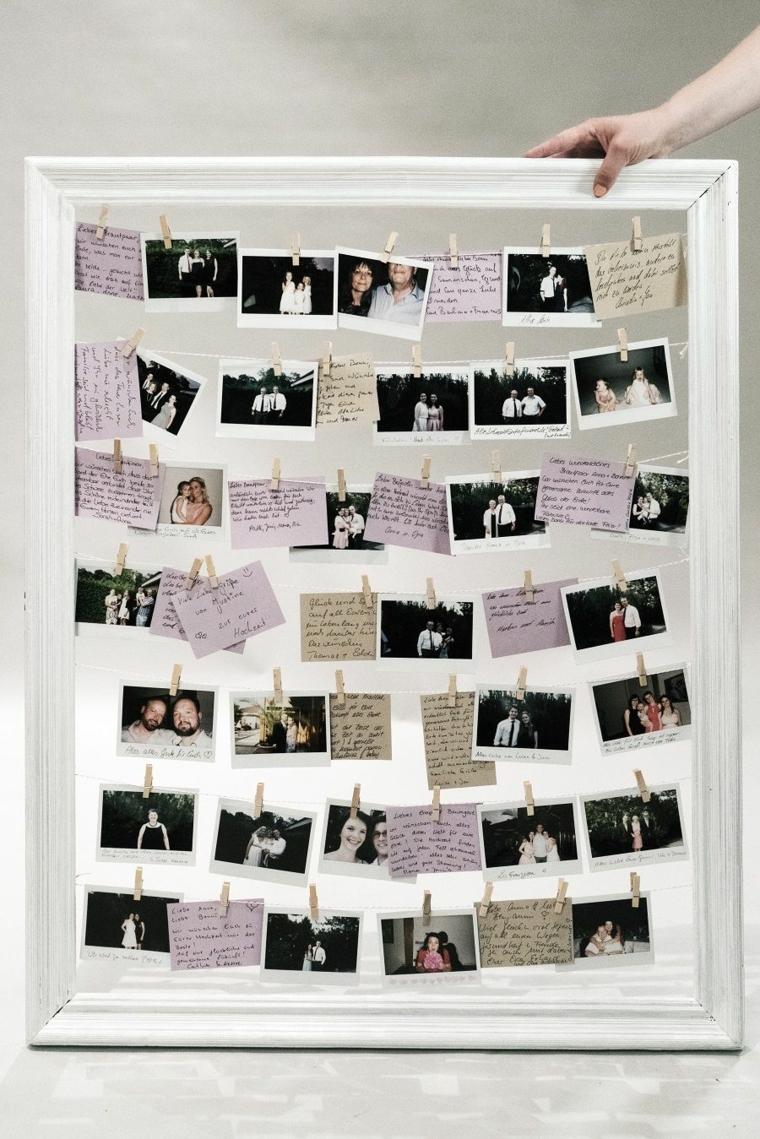 Cornici per foto fai da te di legno colore bianco con fili su cui attaccare le fotografie