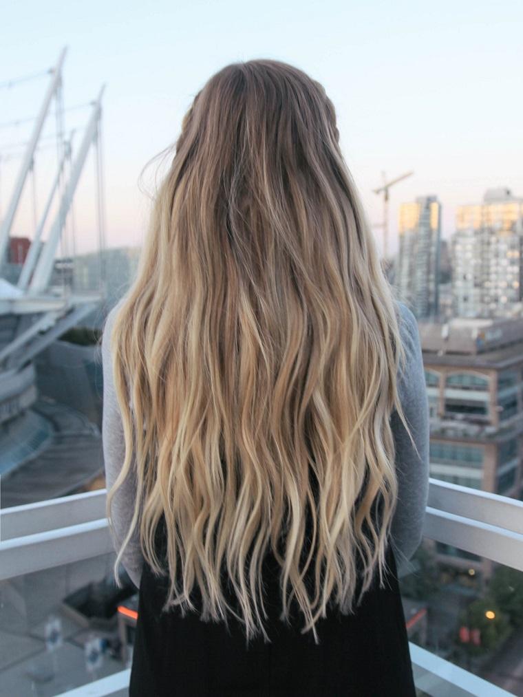 Tutorial trecce per dei capelli lunghi di colore biondo balayage