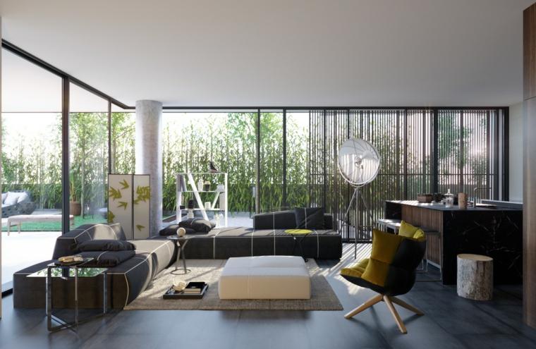 Saloni moderni e una proposta con divani nero e tavolino di vetro, cucina a vista con isola centrale