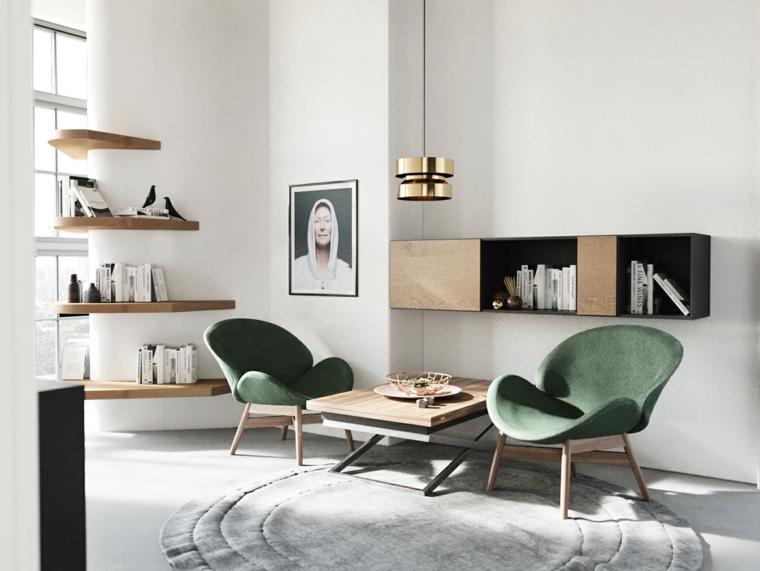 Piccolo soggiorno con due poltrone verdi e tavolino di legno, mobile sospeso e mensole di legno con oggetti decorativi