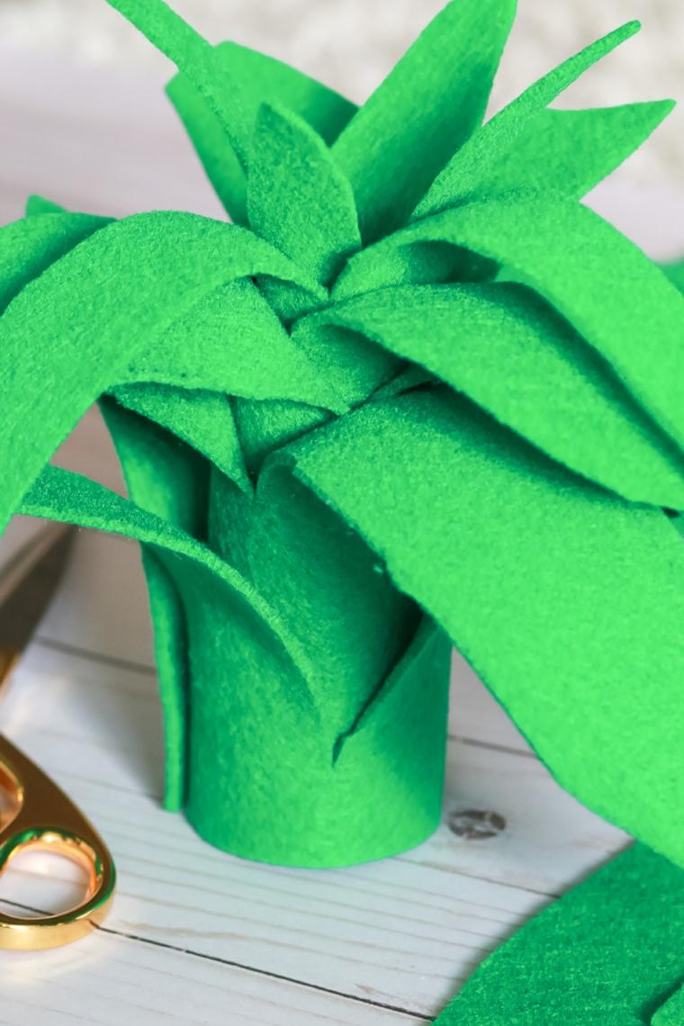 Accessorio fai da te per la decorazione del costume di ananas per Halloween