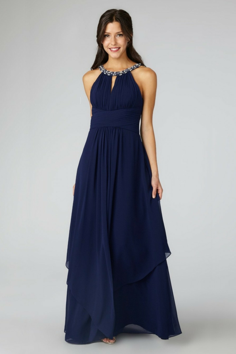 Vestito di colore blu con tulle fluido e fascia sulla pancia, abito elegante da cerimonia con gioiello