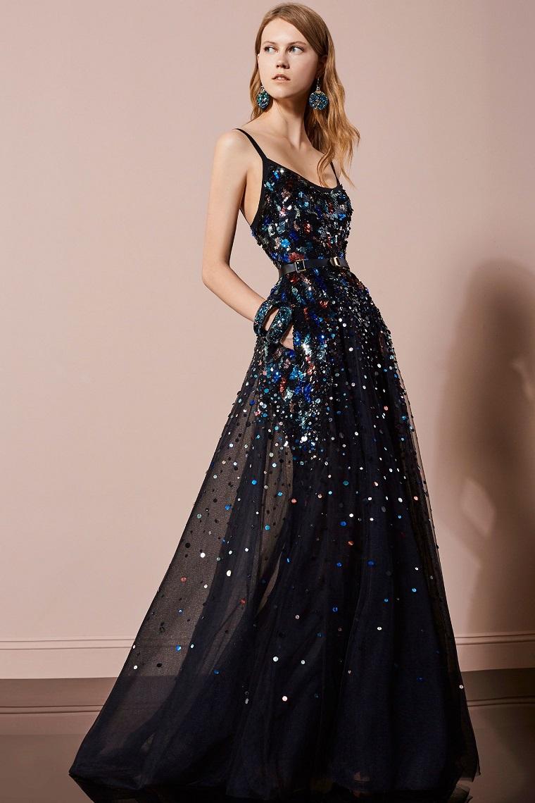 cc50942da4f6 La tua scelta migliore di vestiti lunghi eleganti firmati