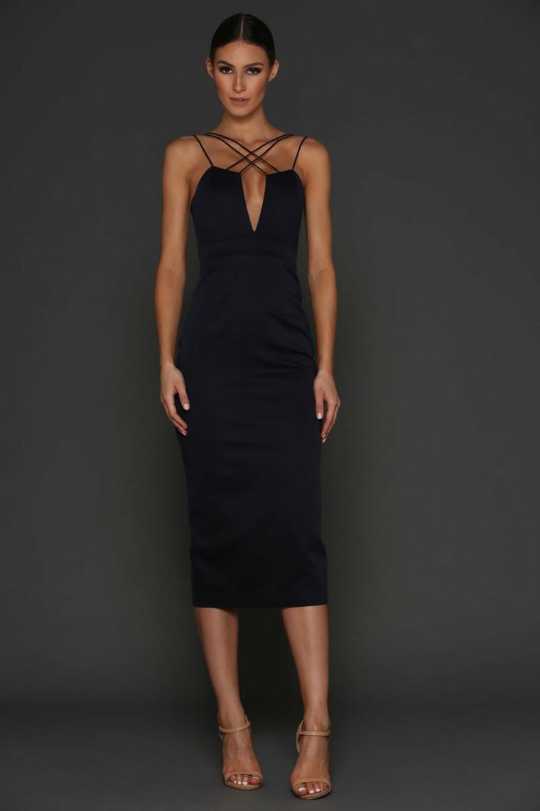 Abiti eleganti economici e un vestito da cerimonia di sera di colore nero e scollatura a V