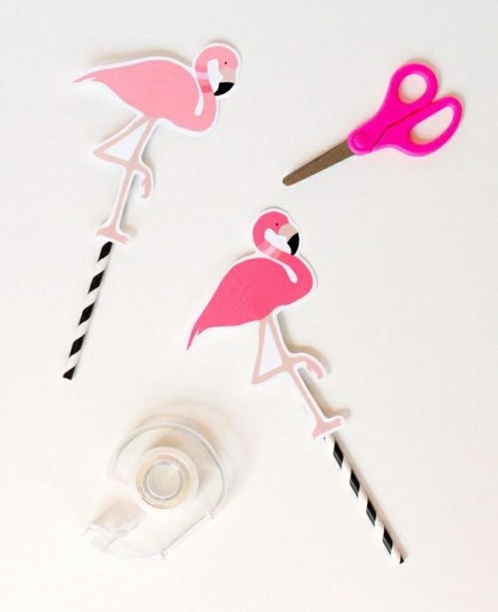 Attività innovative da far fare ai bambini, cannucce decorate dei fenicotteri rosa