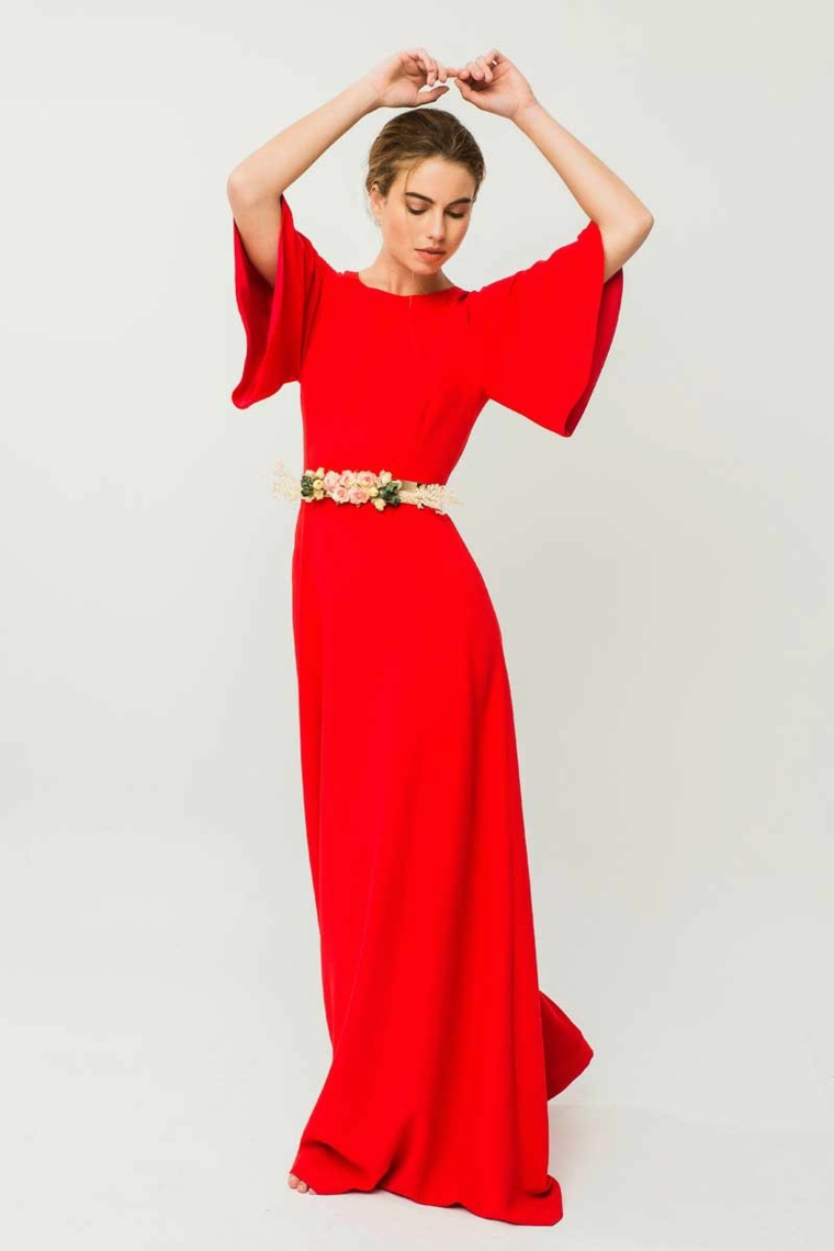 756799afa117 Abiti da sera lunghi firmati e un idea con un vestito rosso manica  pipistrello e Abiti da cerimonia lunghi  tutte le novità della moda in più  di 100 foto!
