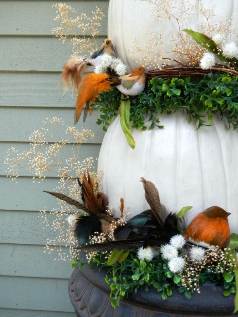 Paesaggi autunnali immagini e un'idea per la decorazione con zucche e ghirlande di foglie