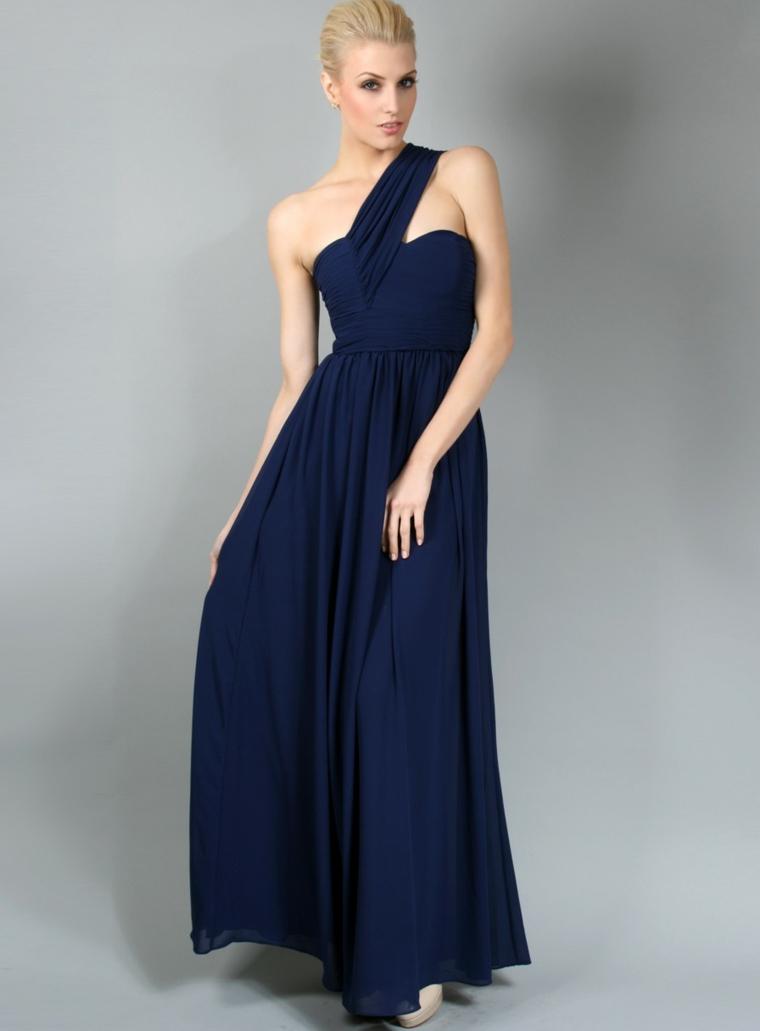 Vestito di colore blu con tulle e fascia sul bustino, abbigliamento elegante per una cerimonia