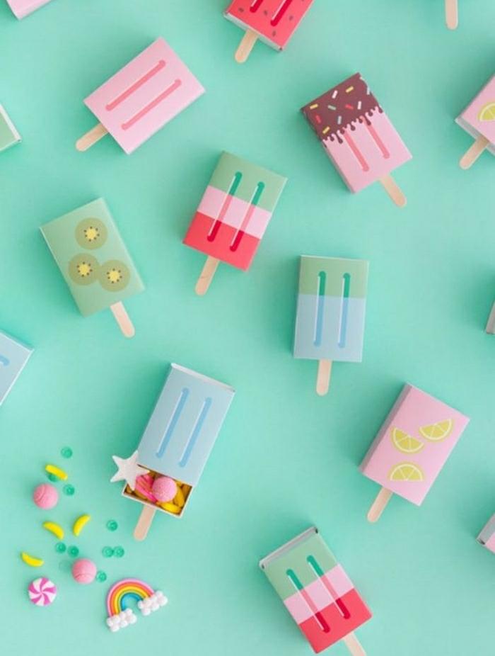 Idea per la decorazione scatole delle caramelle con sticker e washi tape