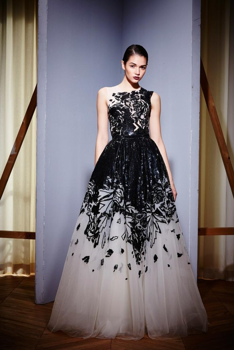 Abiti da sera lunghi firmati, idea abbigliamento donna con un vestito in tulle bianco e nero