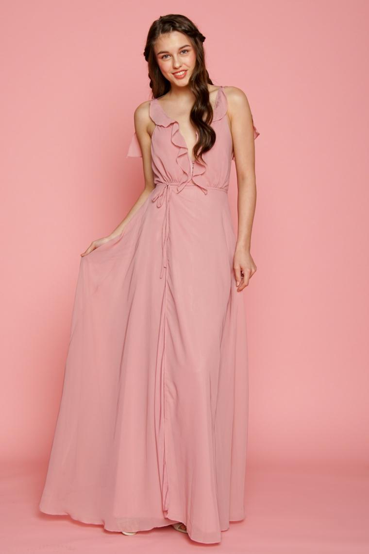 Abito elegante di colore rosa con tulle e scollatura a V, outfit donna da cerimonia