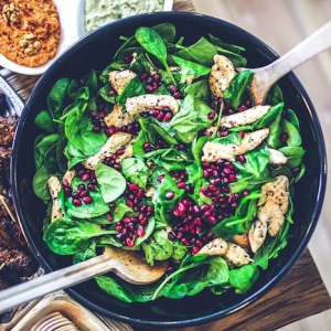 Migliorare le proprie abitudini alimentari con un'alimentazione equilibrata. 10 ricette facili e sal...