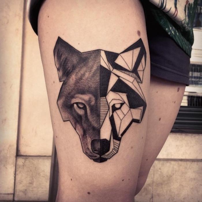 Tatuaggi geometrici e un'idea per tattoo sulla coscia con il viso di un lupo