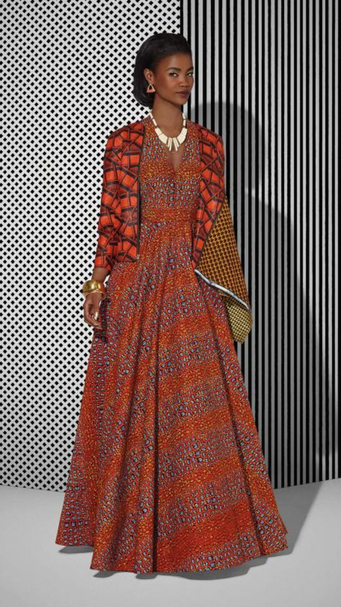 Abiti africani femminili e un'idea con vestito lungo a ruota di colore rosso con giacca