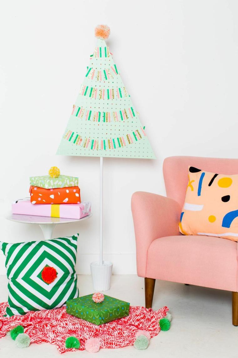 Lavoretti natalizi e un'idea con un albero di metallo decorato con nastri washi tape