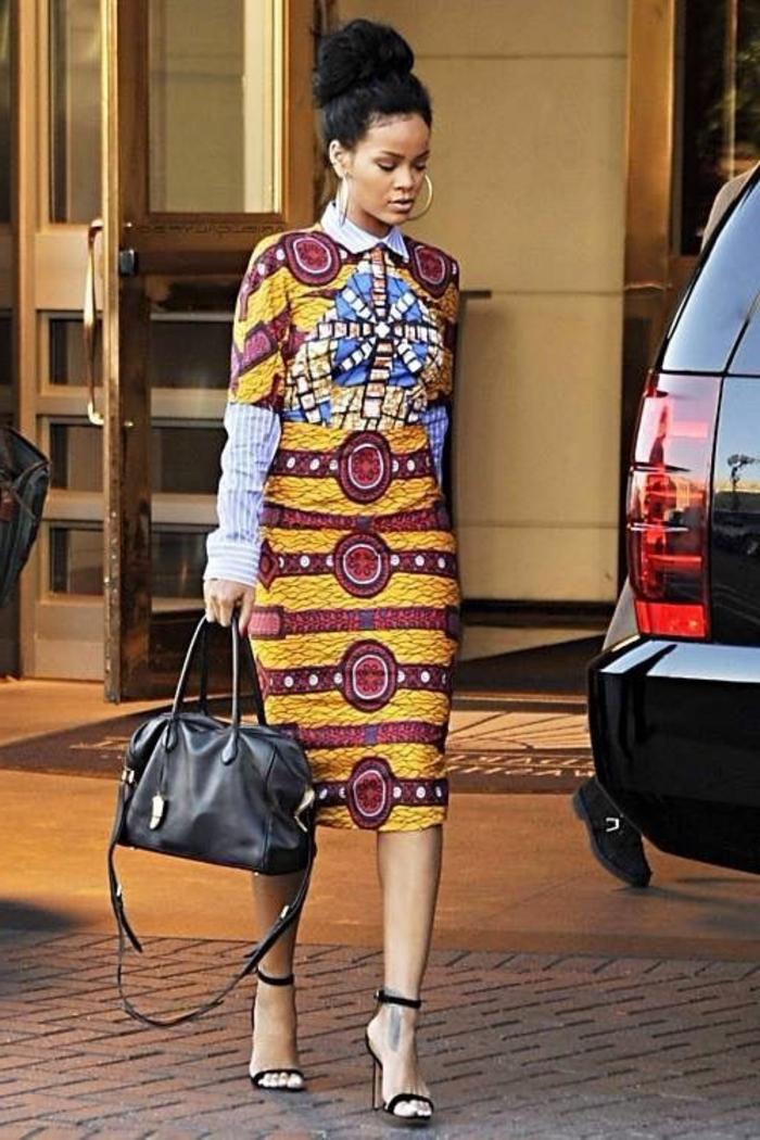 Tessuti africani e un'idea di abbigliamento della cantante Rihanna con una gonna longuette