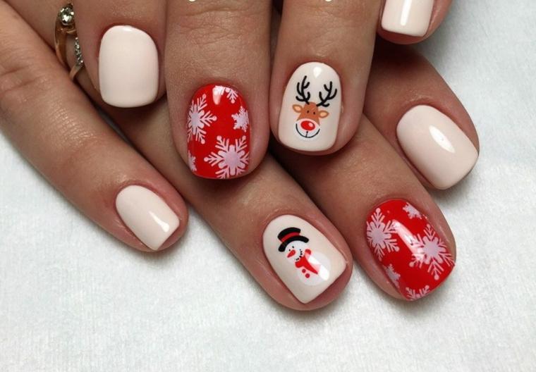 Idea per la decorazione delle unghie gel natalizie con disegno di una renna e un pupazzo di neve